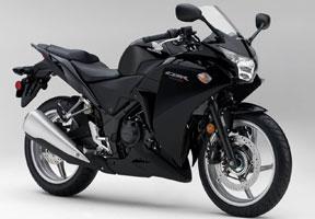 Honda CBR250R Dapatkan Gelar Motor Terbaik 2012